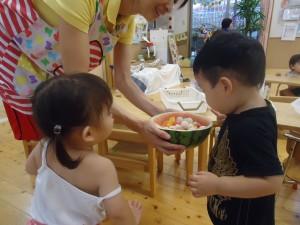 2014_10067月給食お手伝い0054